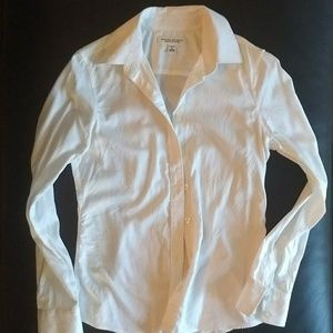 Banana Republic Non-iron Button Up Fitted Shirt